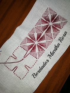 New Embroidery Stitches Border Needlework Ideas Swedish Embroidery, Blackwork Embroidery, Hand Embroidery Videos, Embroidery Stitches Tutorial, Sewing Stitches, Hand Embroidery Designs, Embroidery Patterns, Ribbon Embroidery, Bargello Needlepoint