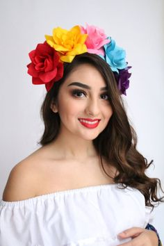 Faux flowers that rest on a plastic headband. Perfect for adults and children as young as 2 y.o. Great addition to any wedding event or as part of your costume! Contact us about bulk orders Mexican Birthday Parties, Costume Birthday Parties, Mexican Fiesta Party, Fiesta Theme Party, Coco Costume, Mexico Party, Mexican Costume, Mexican Party Decorations, Mexican Flowers