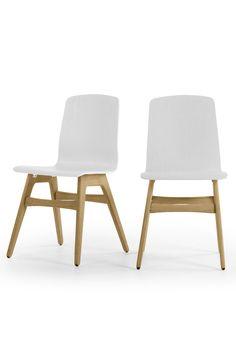 Dante Esszimmerstühle in Eiche und Weiß. Coole Küche oder elegantes Esszimmer? Dante passt überall.