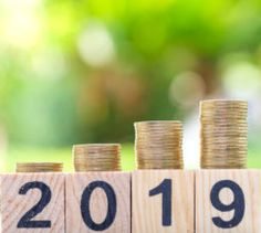 Looking to improve your financial resolutions for the new year? Here's some practical advice that will stick.