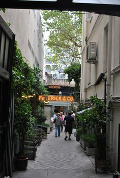 Pongamos que hablo de Madrid http://fustaiferro.wordpress.com/ www.fustaiferro.com #madrid #hosteleria #forja #turismo