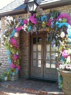 18 Best Ideas For Easter Door Decorations Front Porches Deco Mesh Easter Garland, Easter Decor, Easter Ideas, Easter Crafts, Spring Door, Rustic Doors, Types Of Doors, Front Door Decor, Diy Door