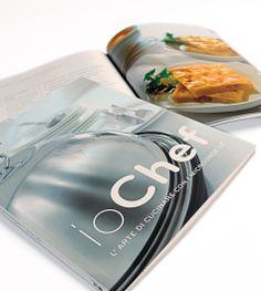 LG_Ricettario Io Chef. Un libro che guida il consumatore a realizzare ottime ricette con il  forno a microonde. Progetto, studio grafico, fotografie, dvd e stampa.