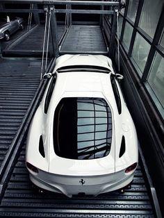 F12 Berlinetta - Absolutely stunning. #Ferrari #Italian #SuperCar #Speed #Power #Style #Design #Cars #CarShowSafari
