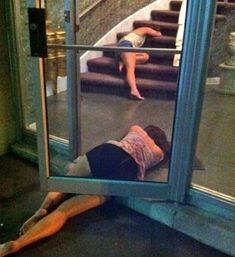 Here is compilation of Funny Pictures of Drunk People. These people took some extra packs and situation went out of their hands. drunk people are pretty funny sometimes. Funny Drunk Pictures, Funny Photos, Le Rosey, People Doing Stupid Things, Funny Things, Drunk Friends, Drunk Woman, Drunk People, Drunk Girls