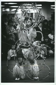1996 AMAZING Native American Hoop Dancer