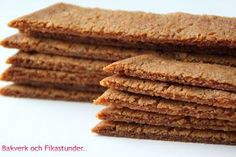 Pepparkakssnittar | Bakverk och Fikastunder Healthy Recepies, Fika, Cake Pops, Baking Recipes, Sweet Tooth, Food And Drink, Favorite Recipes, Sweets, Bread