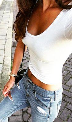 white tee + skinny jeans