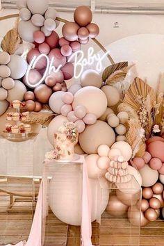 Deco Baby Shower, Baby Girl Shower Themes, Baby Shower Balloons, Baby Shower Pink, Girl Baby Shower Decorations, Baby Showers, Ballon Party, Decoration Evenementielle, Birthday Balloon Decorations