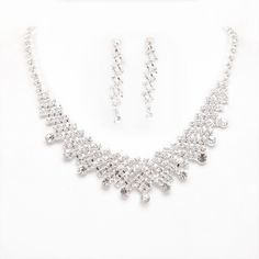 The popular white alloy marriage necklace