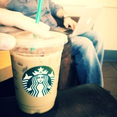 Premeeting juice.    Starbucks. Hot Coffee, Coffee Cups, Starbucks, Juice, Digital, Food, Coffee Mugs, Essen, Coffee Cup