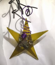 - Handcrafted fused glass star - Materials: wire, art glass, Chartreuse art irid glass, purple wire - Ships within the United States The perfect chartreuse color for your mid century tree. Perfect for
