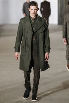 See the complete Todd Snyder Fall 2016 Menswear collection.