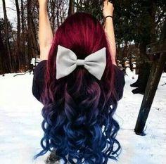 Image via We Heart It https://weheartit.com/entry/152965398/via/29738922 #amazing #beautiful #hair #snow #winter #redbluehair