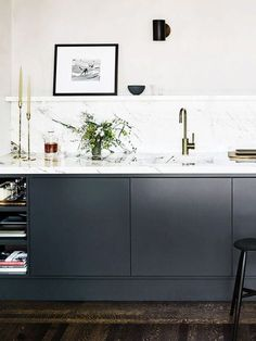 14 Minimalist Kitchens That Will Soothe Your Type-A Soul