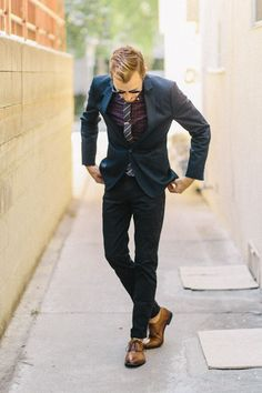 love the mix and match // menswear, mens, style, fashion, hair, cut, haircut, suit, oxfords, dress, tie, sunglasses, holiday, christmas, #sponsored