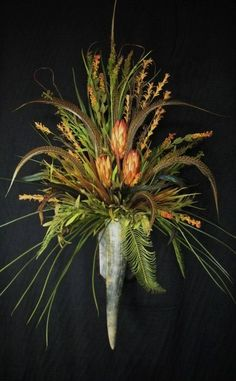 Red Repens Feather Wall Horn Floral Arrangement by tapestryoflife, $139.00
