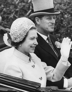 British Monarchy, Blue Bloods, Royalty, Romance, Blog, Royals, Romance Film, Romances, Blogging