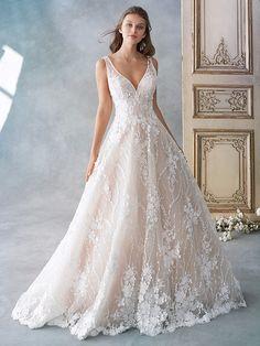 05dd59b599dd9 Kenneth Winston style 1789 / Classic Lace Ballgown / V-Neckline / Beaded  Straps /