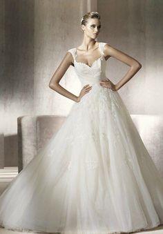 Tulle and Lace Sweetheart A-line Elegant Wedding Dress - Bride - WHITEAZALEA.com