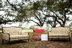 Outdoor Sofa, Outdoor Furniture, Outdoor Decor, Vintage First Birthday, Event Design, First Birthdays, Facebook, Home Decor, One Year Birthday