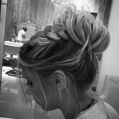 #penteando ##penteados #coque #hair#hairdo#penteadosx #style#beautyful #beauty #fashion #penteadosdivas