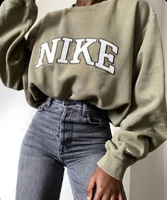 Cute Comfy Outfits, Stylish Outfits, Stylish Clothes, Cool Clothes, Trendy Summer Outfits, Sporty Outfits, Athletic Outfits, Simple Outfits, Simple Dresses