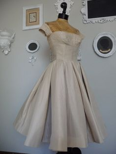 Vintage 1940s Ivory Ball Gown Wedding Dress on Etsy, $175.00