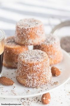 Swedish Almond Cardamom Mini Cakes Try it for your next coffee break dessert or even breakfast Trust me one piece would not be enough Swedish Recipe Dessert Snack S. Beaux Desserts, Mini Desserts, Just Desserts, Dessert Recipes, Mini Cake Recipes, Spanish Desserts, French Desserts, Picnic Recipes, Apple Desserts