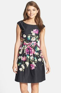 This Floral Print Dress is Perfect for a Fall Wedding! Pair with a Blazer and Tights if it gets a little chilly!