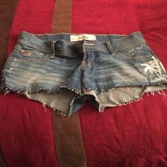 Hollister Jean Shorts  Hollister Jean Shorts. Hardly been worn are super comfy and very cute! Shorts Jean Shorts