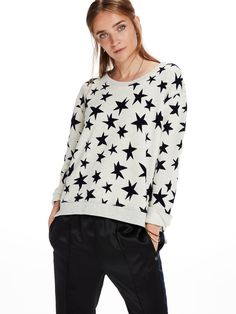 Shop the best outfits for this season at our Official Scotch & Soda  webstore. Sweater with Star Print