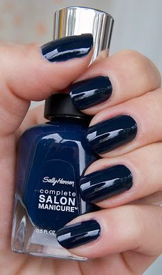 Midnight blue (Sally Hansen Night Watch) nice for winter Love Nails, Pink Nails, How To Do Nails, Short Nail Designs, Colorful Nail Designs, Nail Polish Art, Nail Polish Colors, Nail Manicure, Orly Nails