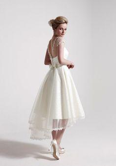 A Fashion-Forward Trend for 2015/2016 - High-Low Wedding Dresses | www.onefabday.com