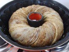 Defne Yaprağı :: Damak tadınız... Simit kalıpta haşhaşlı çörek börek