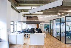 officedropin number 26 Andreas Lukoschek andreasL.de deutsche startups.de 4 1024x701 Have a Look at Number26s Berlin Office
