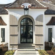22 Ideas for exterior stairs design shutters Exterior Stairs, House Paint Exterior, Exterior House Colors, Exterior Doors, Rustic Exterior, Interior Exterior, Exterior Design, Porches, Sas Entree