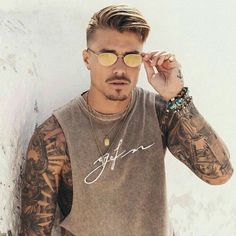 Johnny Edlind In 2019 Mens Hairstyles With Beard Haircuts Mens Hairstyles With Beard, Hair And Beard Styles, Haircuts For Men, Cool Hairstyles, Hair Styles, Goatee Styles, Johnny Edlind, Men Hair Color, Beachwear For Women