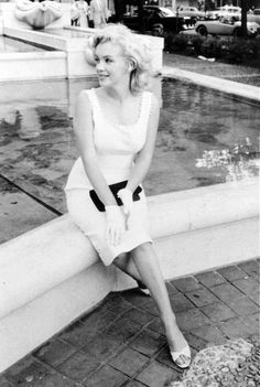 Marilyn Monroe photographed in 1957 © Sam Shaw.