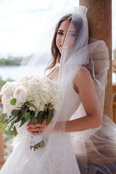 Fresh and Natural Bridal Looks // Classic Blush Ringling Wedding via TheELD.com