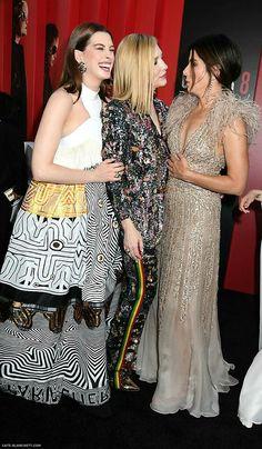 "At ""Ocean premiere Cate,Sandra Bullock & Anne Hathaway Cate Blanchett, Ocean's 8 Cast, Ocean's Eight, Oceans 8, Melbourne, Middle Aged Women, Rachel Weisz, Jessica Biel, Anne Hathaway"