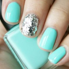 mermaid glitter nail polish trend