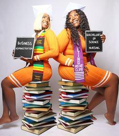 College Graduation Photos, College Graduation Pictures, Graduation Picture Poses, Graduation Photoshoot, Graduation Ideas, Grad Pics, Graduation Photography, College Girls, Nursing Goals