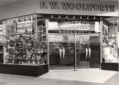 Woolworths, Bulawayo Bad Memories, Childhood Memories, Zimbabwe Africa, Christmas Past, Old Photos, South Africa, Retro Styles, Heartland, Family History