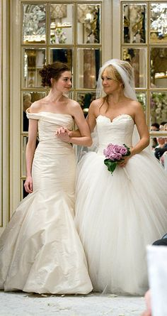 Anne Hathaway and Kate Hudson's Vera Wang dresses in Bride Wars