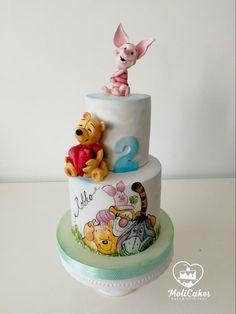 Winnie the Pooh Winnie Pooh Torte, Winnie The Pooh Birthday, Roo Winnie The Pooh, Fondant Cakes, Cupcake Cakes, Movie Cakes, Teddy Bear Cakes, Character Cakes, Painted Cakes