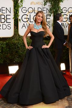 Love the necklace with this dress! Golden Globes 2014: Red-Carpet Arrivals