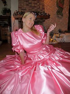 I'm not sure what I love more: the fantastic silky shine of Cindy's fabulous satin dress or the youthful girly joy she radiates with her charming smile. Luckily I don't have to choose; this pictures has it all. Pink Satin Dress, Silky Dress, Taffeta Dress, Pink Gowns, Satin Gown, Satin Dresses, Silk Satin, Cute Dresses, Beautiful Dresses