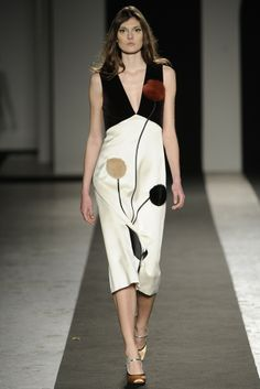 Andrea Incontri RTW Fall 2014 - Slideshow - Runway, Fashion Week, Fashion Shows, Reviews and Fashion Images - WWD.com