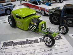 Model Cars Kits, Kit Cars, Hot Rod Pickup, Truck Scales, Plastic Model Cars, Woodworking Workshop, Car Humor, Model Pictures, Diecast Models